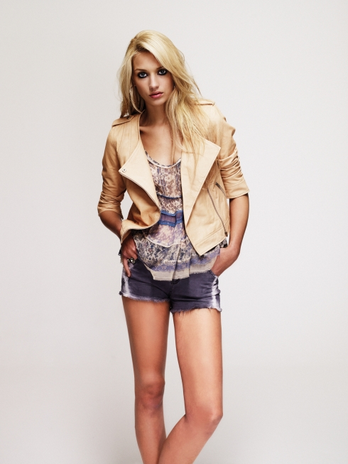 http://littleladylookbook.files.wordpress.com/2011/05/new-look-limited-leather-biker-jacket-99-99-swing-cami-top-32-99-gold-hoops-0-99-denim-tie-dye-hot-pants-25-99.jpg?w=490&h=653